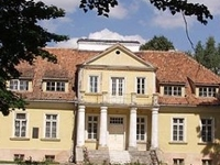 A Manor in Tybory Kamianka