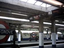 Arnos Grove Platform