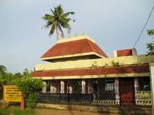 Asan Smarakom (Memorial Tomp)