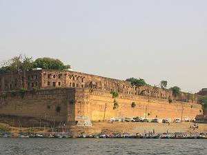 Ashokan pilar en Allahabad