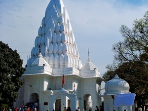 Olhos Mansa Devi Mandir