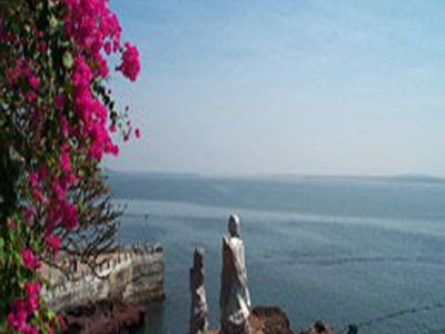 Attractions In  Dona Paula