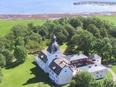 Manor Of Austrått And Trondheimsfjord