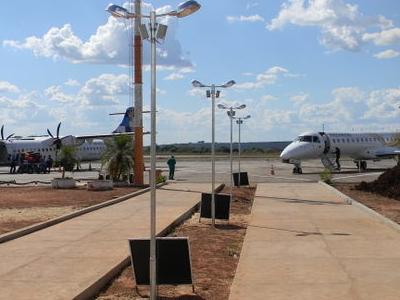 ATR72 And Passaredo ERJ-145 At Araguaína Airport