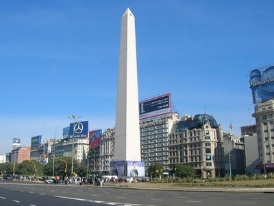 Avenida 9 De Julio And The Obelisk