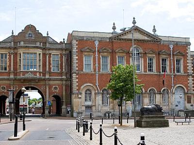 Aylesbury  Market  Square  Bucks