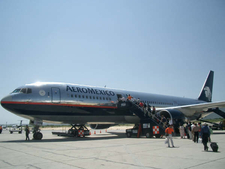 Aeroméxico Boeing 767-300 At Terminal - 1