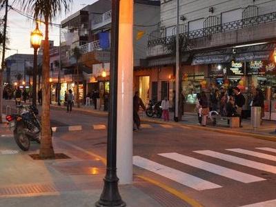 Almirante Brown Commercial Center