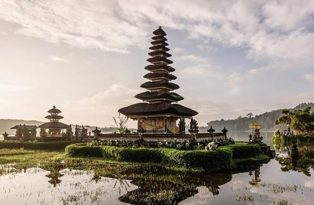 Mega Bali With Kuala Lumpur Holiday Photos