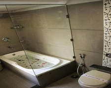 Bath Tub Inside The Room