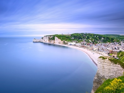 Bay Beach - Etretat Village