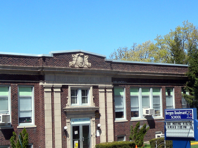 Bergen  Blvd  School  Ridgefield Jeh
