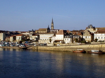 Bergerac Overlooking  Dordogne