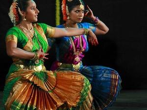 Experience Chennai: Small-Group Bharatanatyam & Bollywood Dance Class Photos