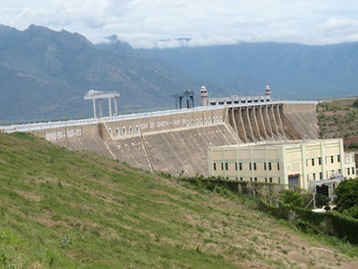 Bhavani  Sagar   Dam  And   Reservoir