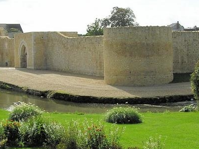Bie Comte Robert Chateau