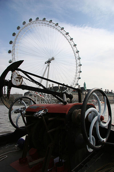 Big Thames Ferris Wheel