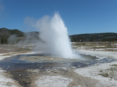 Biscuit Basin Active Geyser