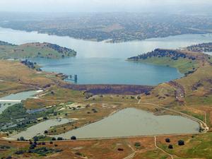 Negro Butte Lake