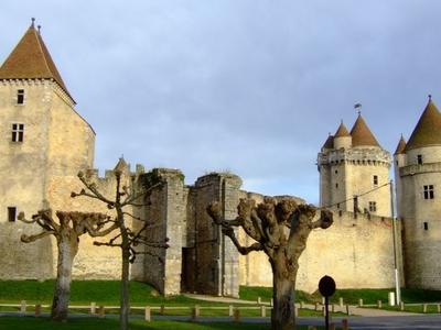 Blandy Les Tours