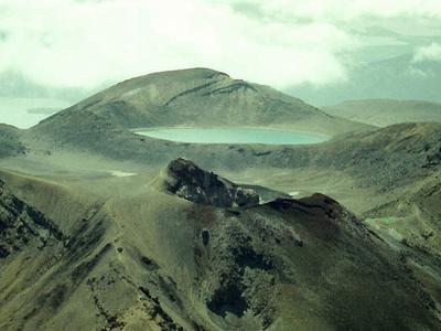 Blue Lake - Tongariro National Park - New Zealand