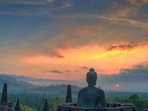 Borobudur Sunrise Packages Tour 3D/2N Photos
