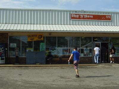 Stop N\'Save, Shop