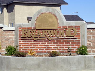 Briarwood Entrance Sign