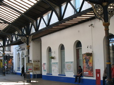 Brighton Station Forecourt