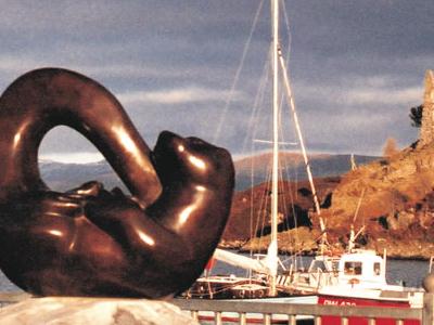 Bronze Otter Sculpture  Kyleakin  Isle Of  Skye By Sculptor  Lau