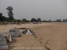 Bungai Beach - View