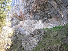 Burgruine Loch, Pinswang, Austria