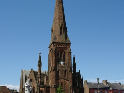 Burns  Statue And  Greyfriars Dumfries