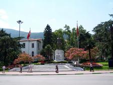 Bursa Statue Atatürk