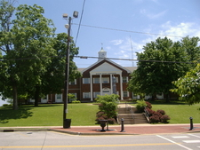 Butler County Courthouse In Morgantown