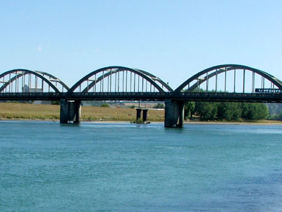 Balclutha Bridge Over The Clutha River