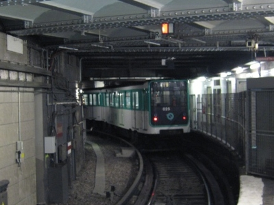 MP 59 Rolling Stock On Line 4