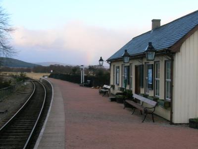 Broomhill Station