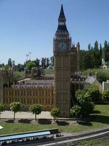 Model Of Houses Of Parliament
