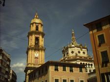 Campanile Cupola Vista Da Piazza Cavour