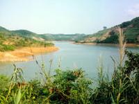 Cam Son Lake