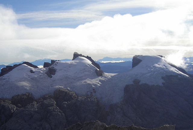 Carstensz Trekking Photos