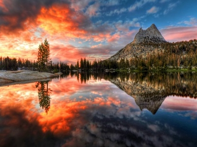 Cathedral Lake - Yosemite National Park CA