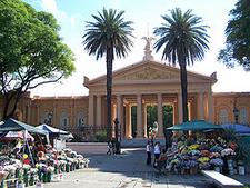 Cementerio De La Chacarita Entrance