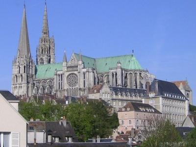Chartres Roofline