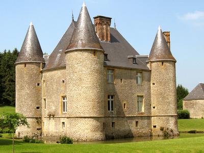 Chateau De Landreville
