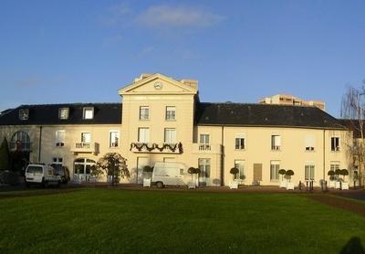 Chelles Hotel De Ville Pano