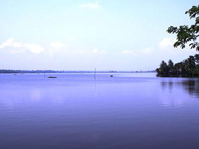 Cherai Lagoon