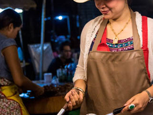 Chiang Mai Northern Food Adventure by Truck Fotos