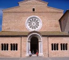 Chiaravalle Abbey Of Fiastra